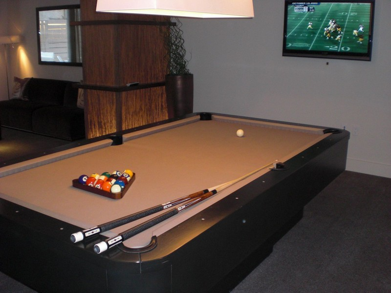 Clubroom with Billiards table