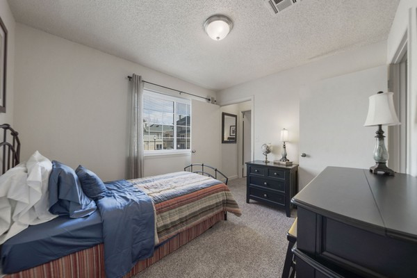 Apartment bedroom. Click to view the photo gallery.