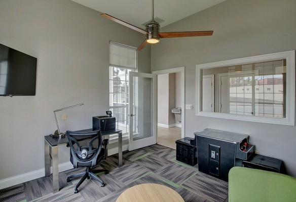 Business center with desk and printer. Click to view the photo gallery.