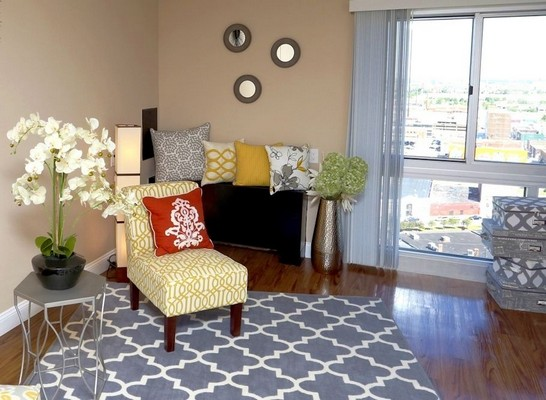 Apartment living area with seating. Click to view the photo gallery.