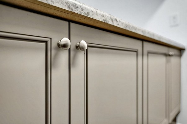 Grey Style Cabinetry . Click to view the photo gallery.