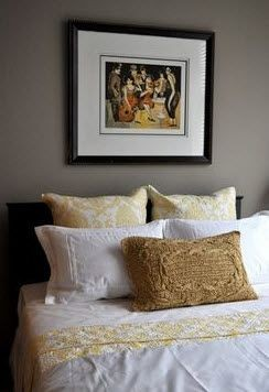apartment bedroom decoration above bed. Click to view the photo gallery.