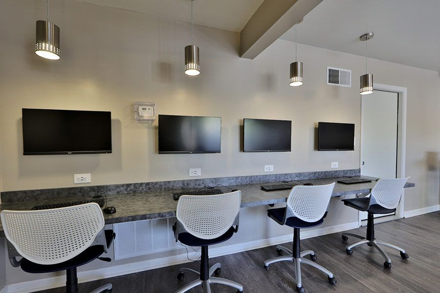 Study lounge with Wi-Fi, workstations, and computers