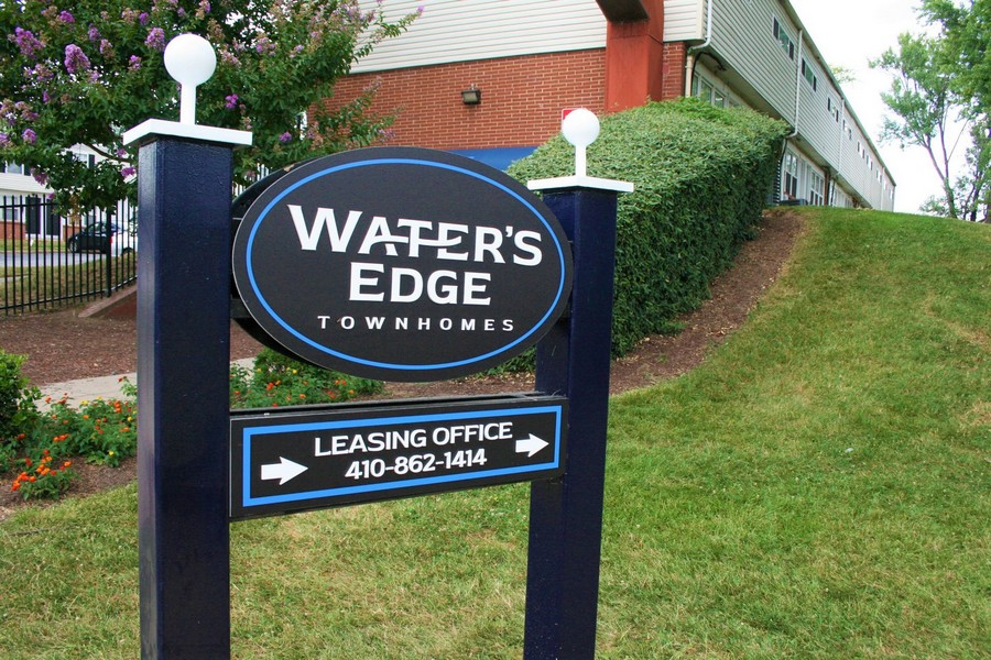 new leasing signs, Water's Edge Townshomes