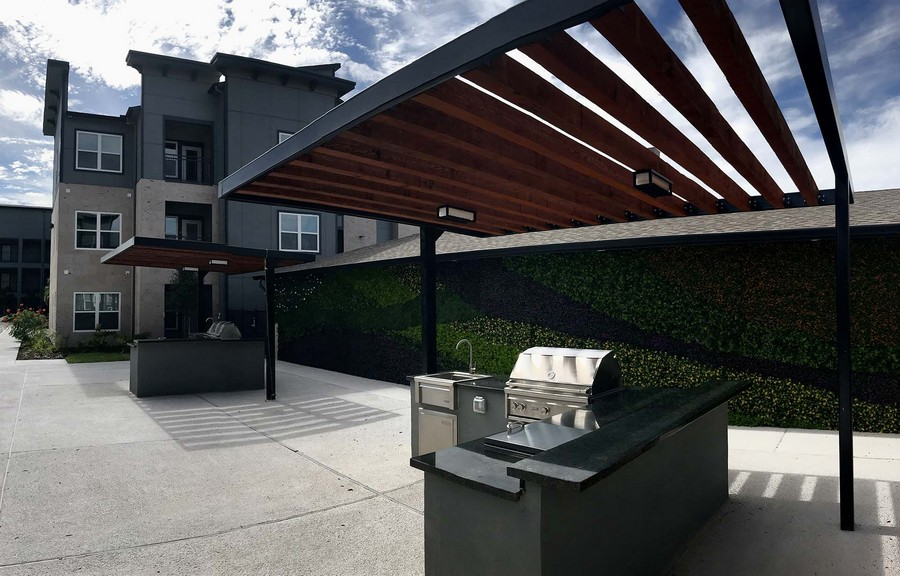 Outdoor grilling station