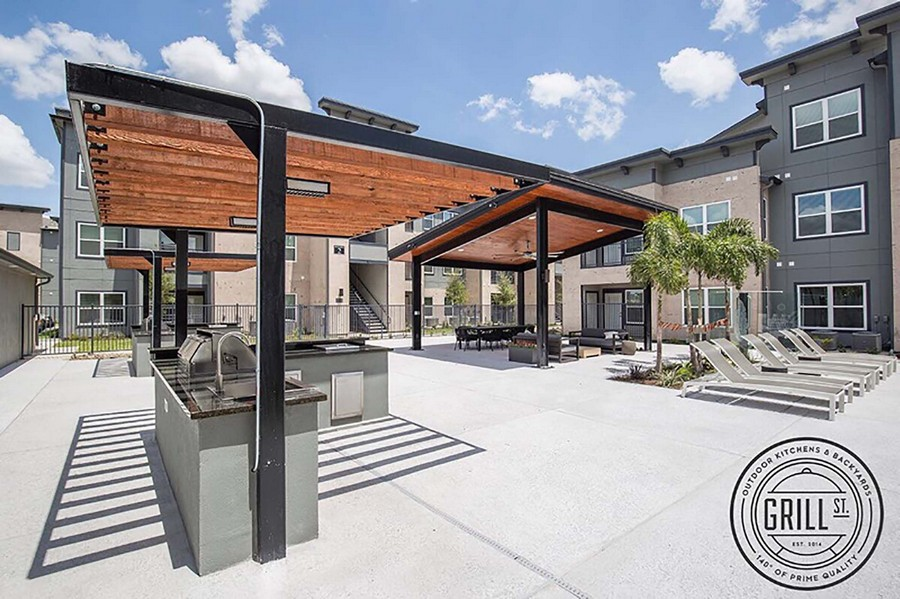 Outdoor grilling station and dining area