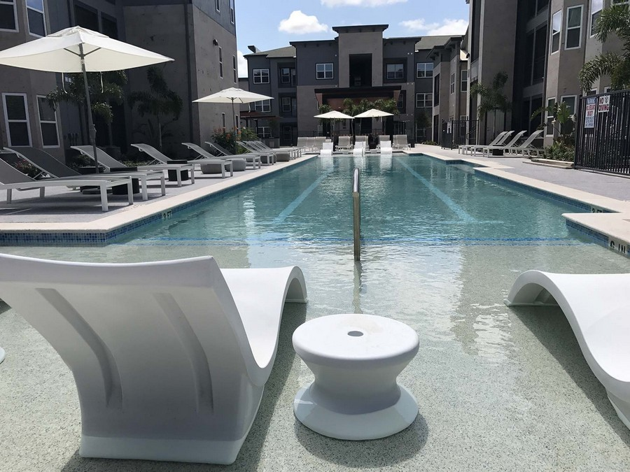 Tanning ledge and swimming pool