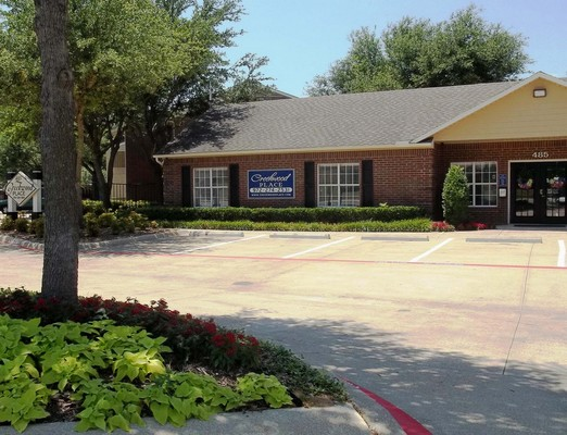 Outside view of leasing office. Click to view the photo gallery.