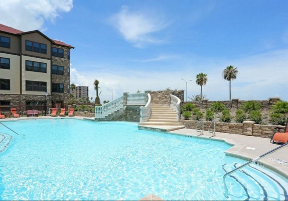 Swimming pool with grand staircase. Click to view the photo gallery.