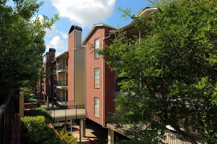 Outside view of apartment building