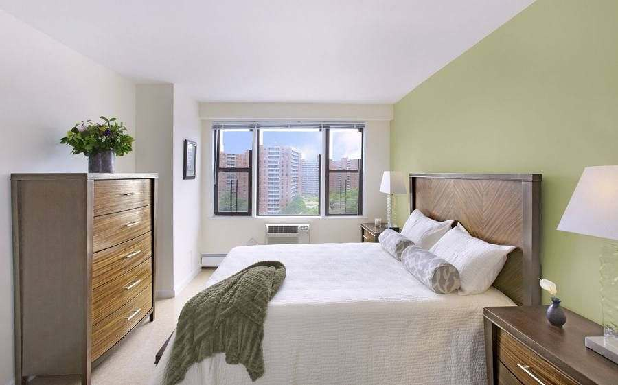 Discover the Perfect 3 Bedroom Apartment in Queens Today Apartments for Rent  LeFrak City